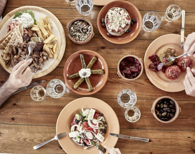 Family friendly dining in Cretan Restaurants