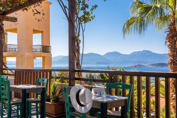 greek kafeneion agios nikolaos crete