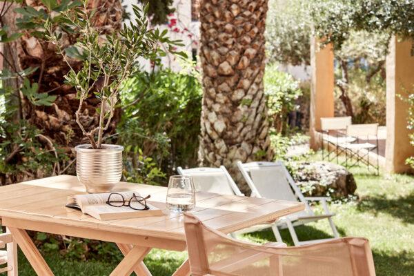 crete family apartment with garden view