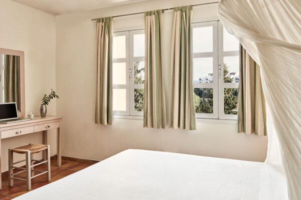 Crete Seaview Suites