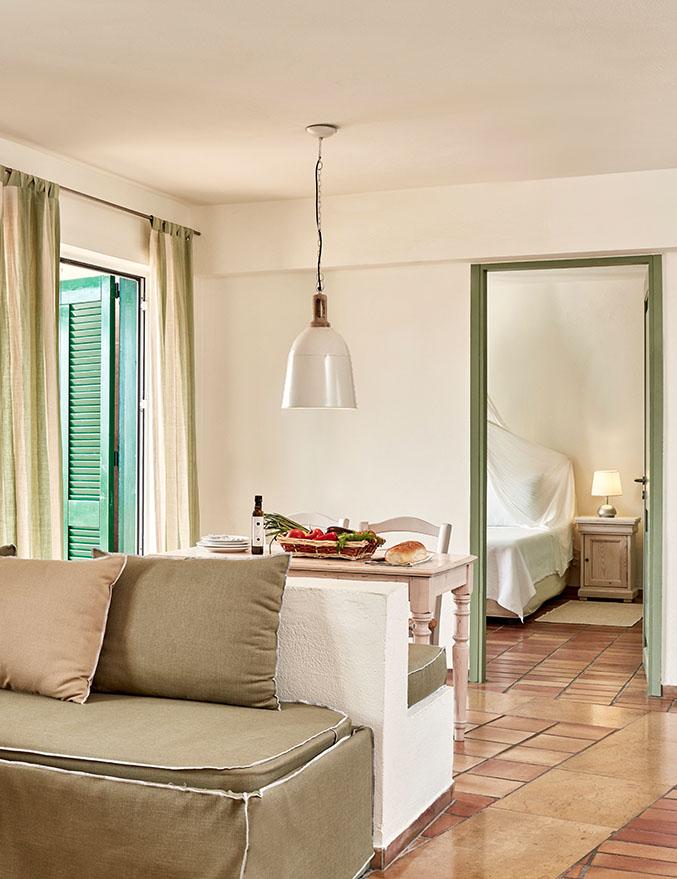 Candia Park - Семейные апартаменты повышенной комфортности с видом на деревню